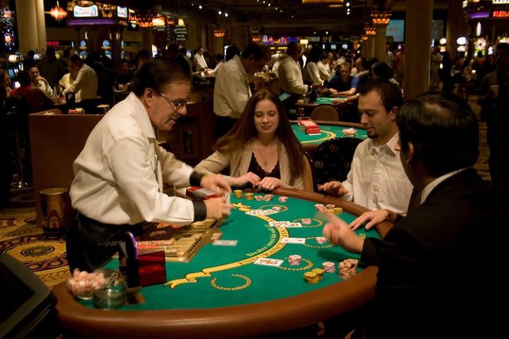 Horse shoe casino 11